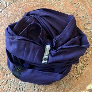 [lululemon] Vinyasa Scarf Dark Purple & Black